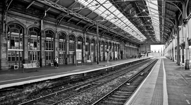 London theatre breaks by rail from Preston